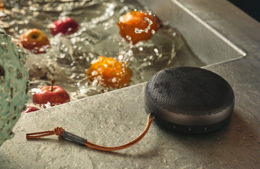 Bang & Olufsen presenta segunda generación de su altavoz portátil