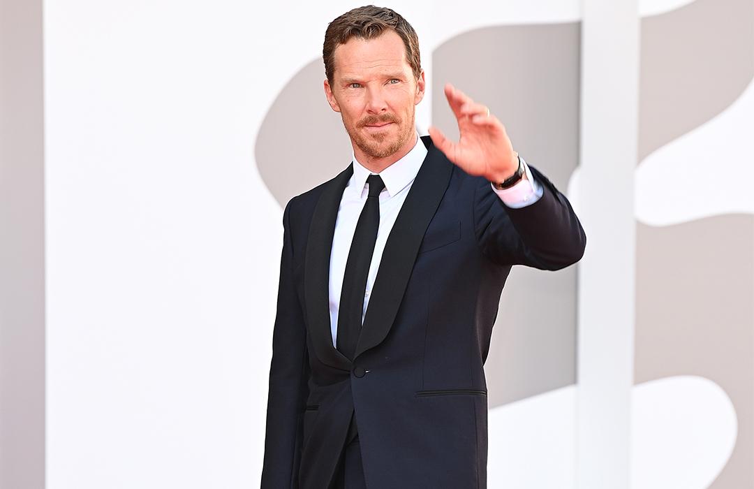 Benedict Cumberbatch deslumbra en Venecia con Jaeger-LeCoultre